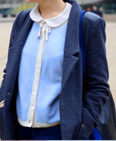 Blue shirt - Street casual outfits in New York for spring