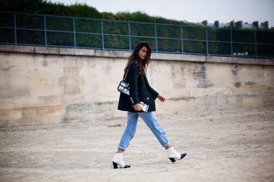 Black and white boots - Paris Fashion Week Streetstyle looks
