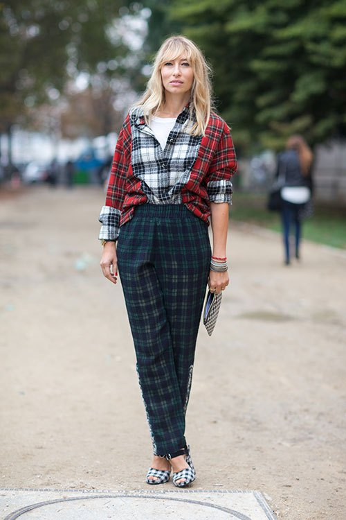 Style plaid outfits by mixing them with other plaid pieces - Streetstyle PFW