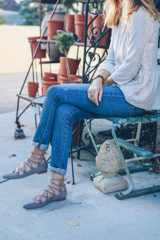 lace-up-flats-grey