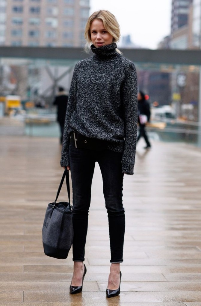 Winter-essentials-turtleneck-3