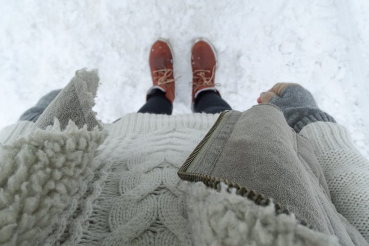 tips-staying-warm-winter-outfit-adoreness