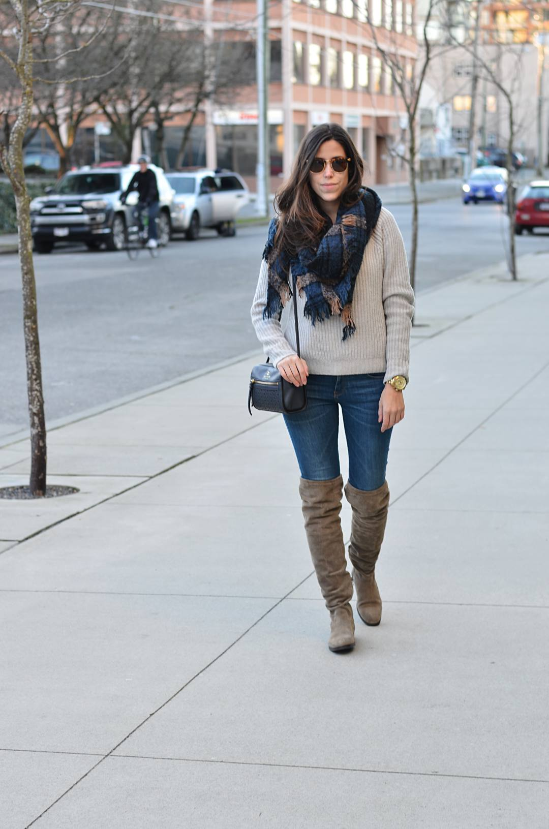 Winter-over-the-knee-boots-outfits