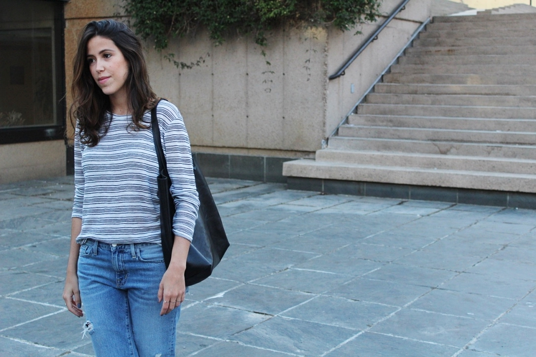 striped-top-casual-outfit